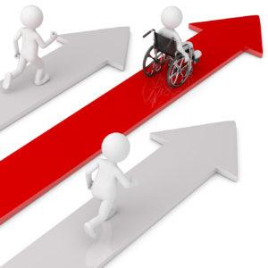 Ein stilisierter Rollstuhl fährt auf einem roten Pfeil nach oben.